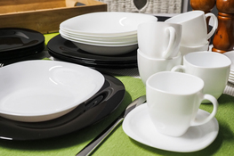 LUMINARC CARINE BLACK&WHITE Serwis obiadowy i kawowy 30/6