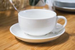 Filiżanka porcelanowa ze spodkiem 200 ml