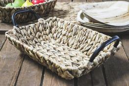 KOOPMAN Koszyk prostokątny z trawy morskiej 33 x 24 cm z met. uchwytami