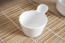 Kokilka porcelanowa z uchwytem 7 cm
