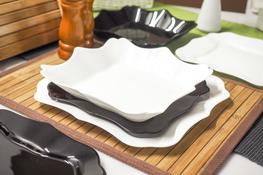 LUMINARC AUTHENTIC BLACK & WHITE Serwis obiadowy 36/12