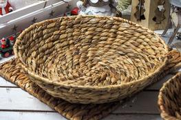 KOOPMAN Koszyk okrągły z trawy morskiej 38 cm