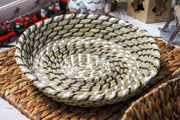 KOOPMAN Koszyk okrągły z trawy morskiej 31 cm