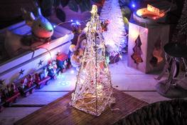 KOOPMAN Choinka 29 cm z podświetleniem LED