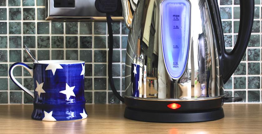 Dlaczego warto wybrać czajnik elektryczny?